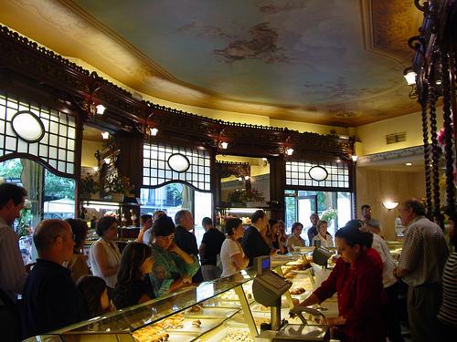 Una barcelona de poca cambiadecanal - Restaurante 7 puertas barcelona ...
